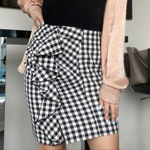 NWT H&M Black and White Checker Ruffle Mini Skirt